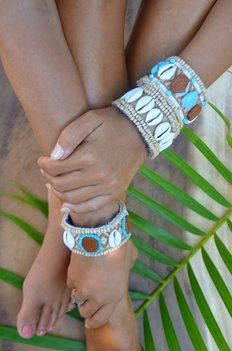 Hot Lava Bracelet Zanzibar Wood and Shell