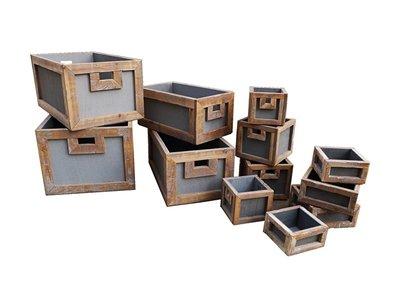 Dutch Mood home dec old dutch crate s/12