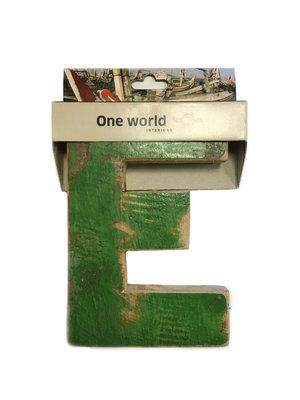 One World Interiors Houten Letter E